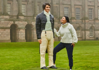 Életnagyságú Mr. Darcy süteményszoborral ünneplik a 25 éves Büszkeség és balítélet-sorozatot
