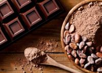 6 szuper dolog, amiért érdemes étcsokit enni