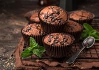 Családi karanténprogram: készítsetek kakaós-csokoládés muffint!
