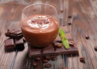Chrissy Teigen receptje: 3 hozzávalós csoki mousse